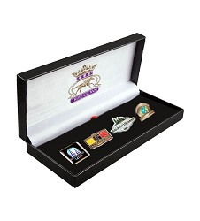 2015 Triple Crown Limited Edition Pin Set