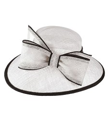 The Two-Tone Trimmed Bow Hat