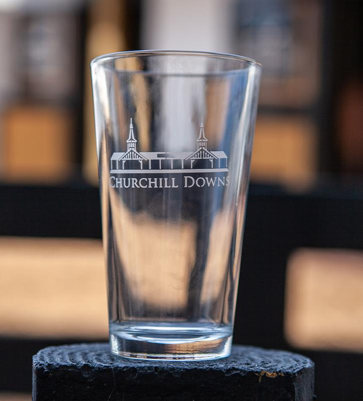 Grandstand Etched Ale Glass,01-355 LT ETCH 16 OZ