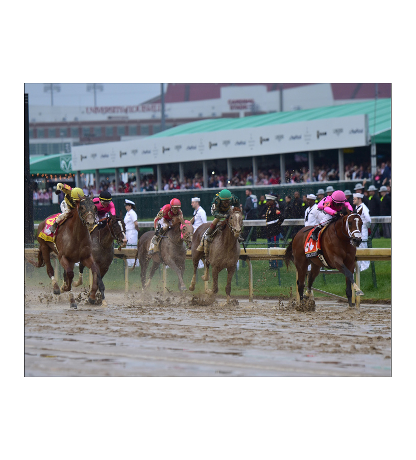 2019 Country House Down The Stretch Matted Photo,8X10 STRETCH MATTED